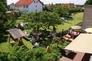 Senioren-Pflegeheim-Kroh-Unser-Haus-Garten-1